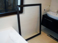 Montaż okiennic drewnianych